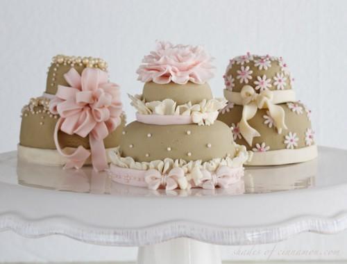 Mini layer cakes