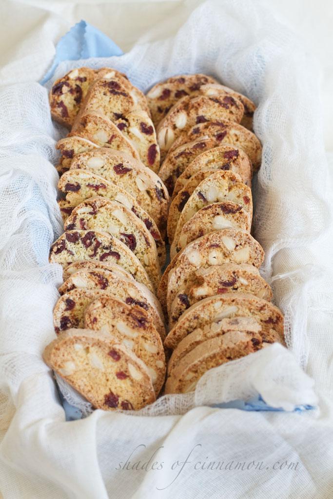 Cranberry-and-nut-biscotti-recipe