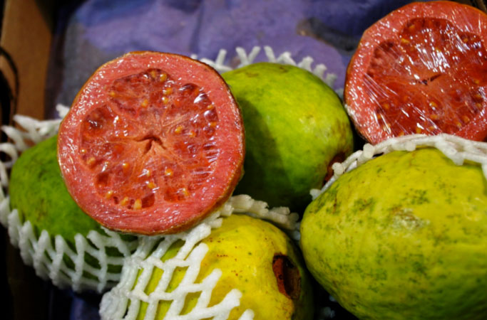 fresh-red-guavas