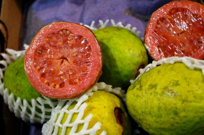 fresh-red-guavas