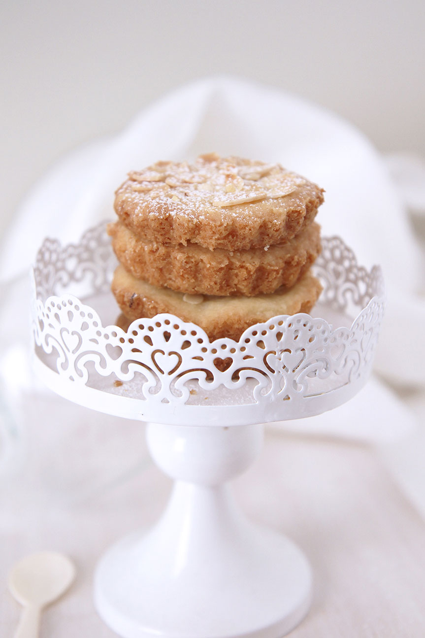 Almond shortbread from Shades of Cinnamon