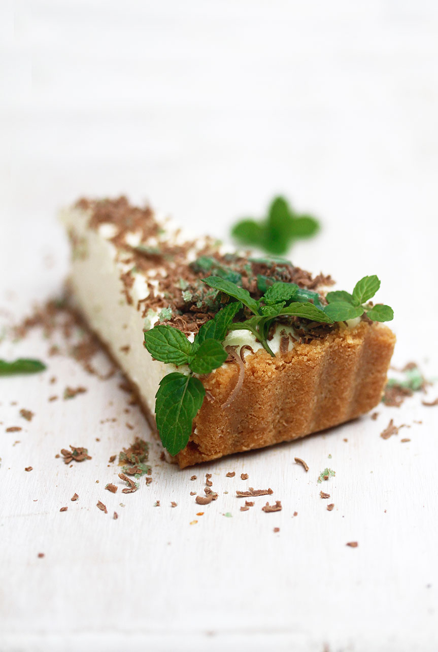 Cheesecake raw with peppermint crisp