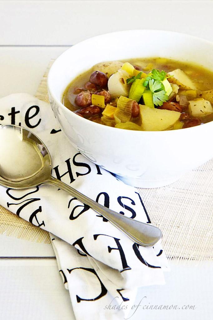 Patrick Holford's leek and bean soup